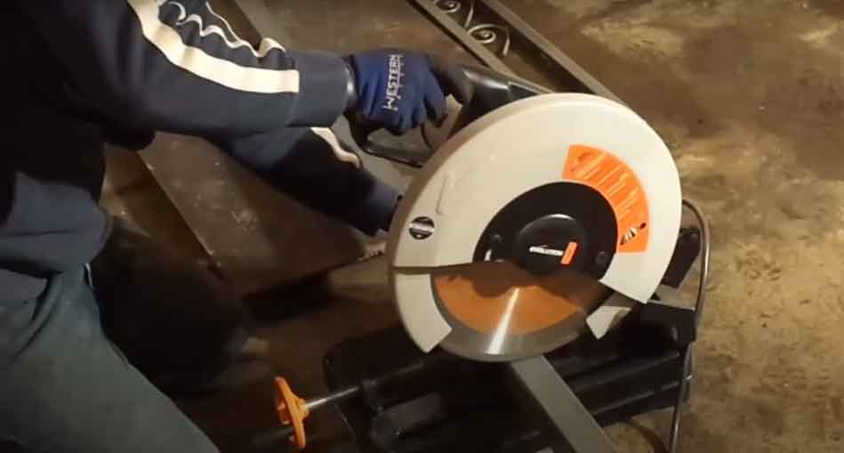 Cutting to Build a Welding Table